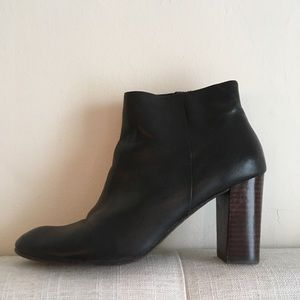 14th and Union Black Leather Ankle Boots